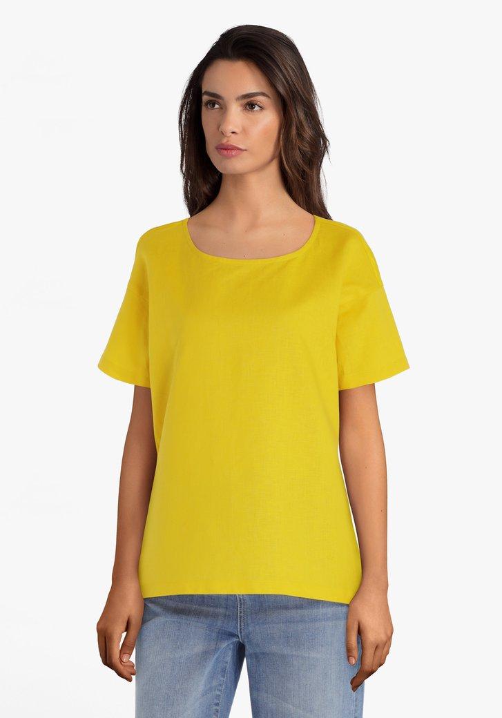 Gele blouse uit twee stoffen