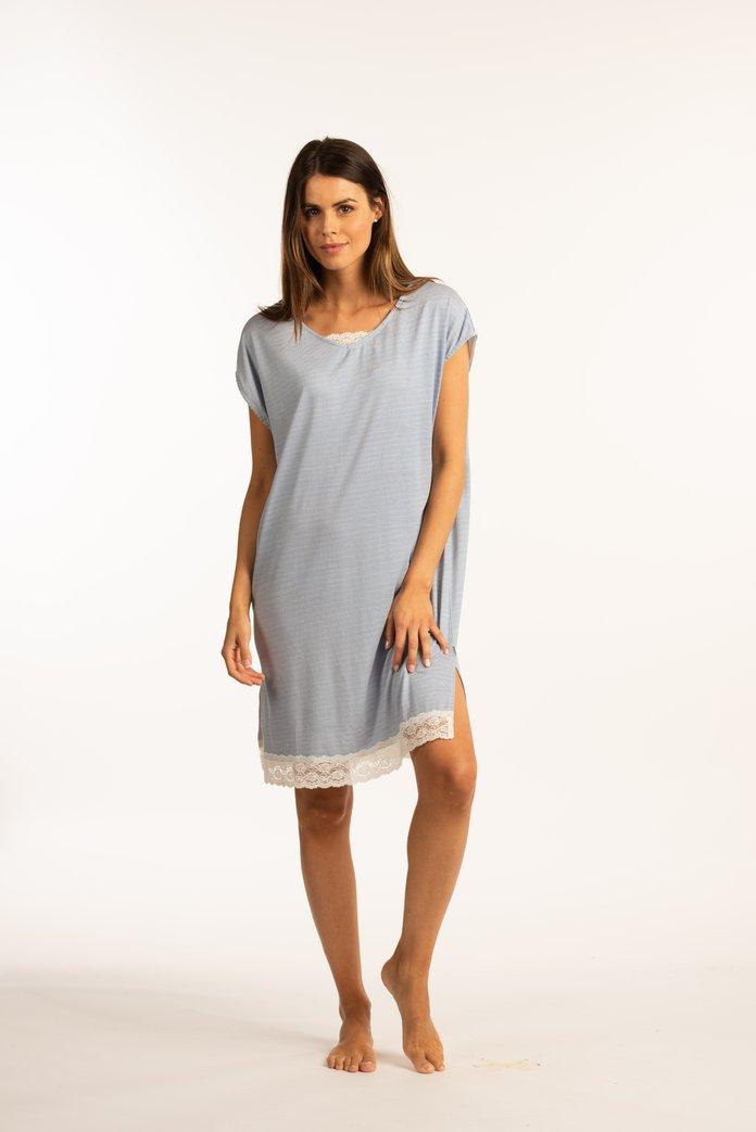 Gestreept blauw nachthemd