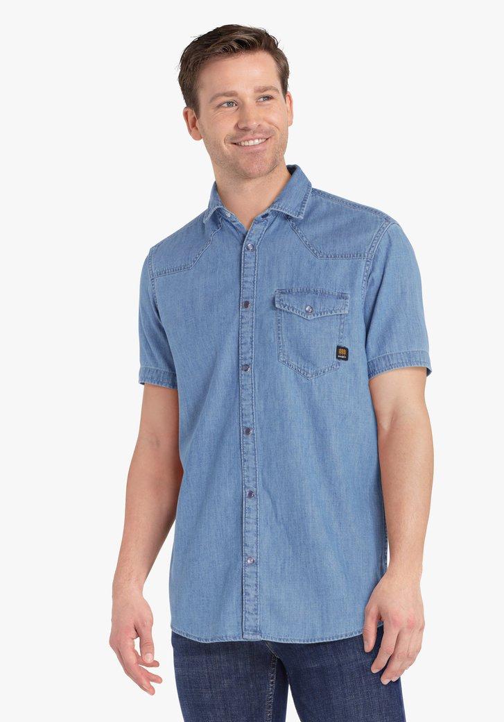Hemd met jeans look