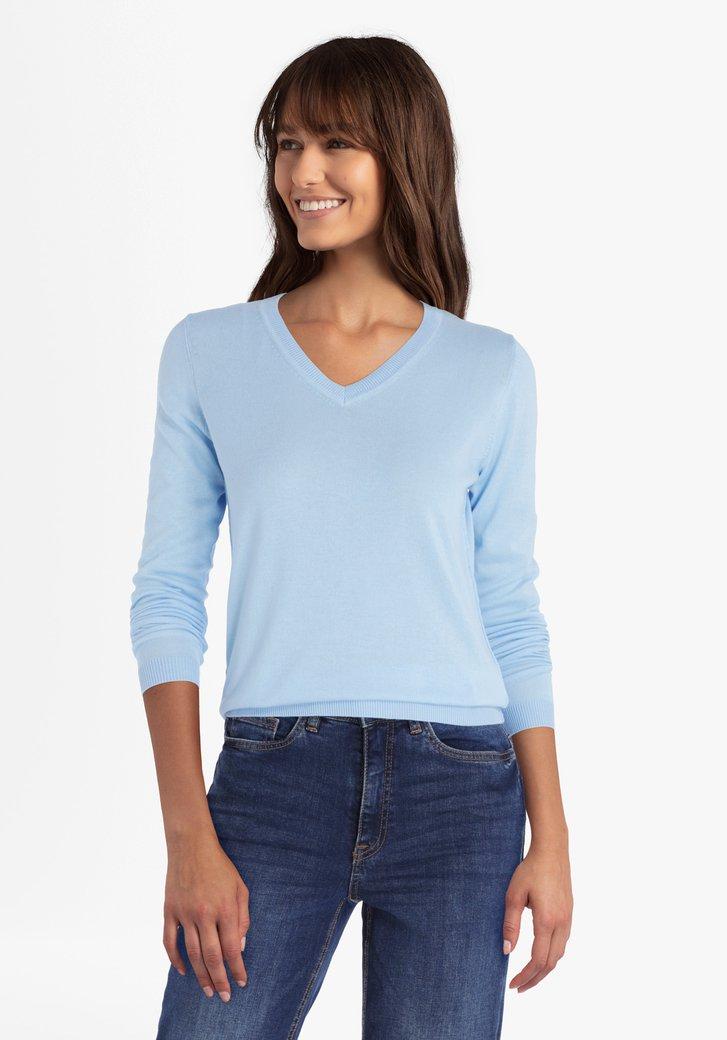 Hemelsblauwe trui met V-hals