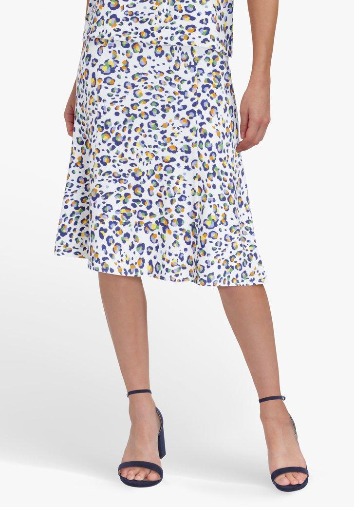 Jupe blanche avec imprimé panthère coloré