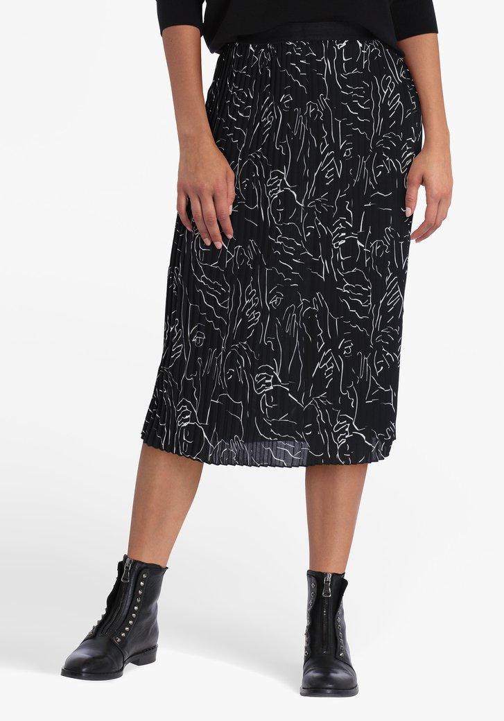 Jupe plissée noire avec impression artistique