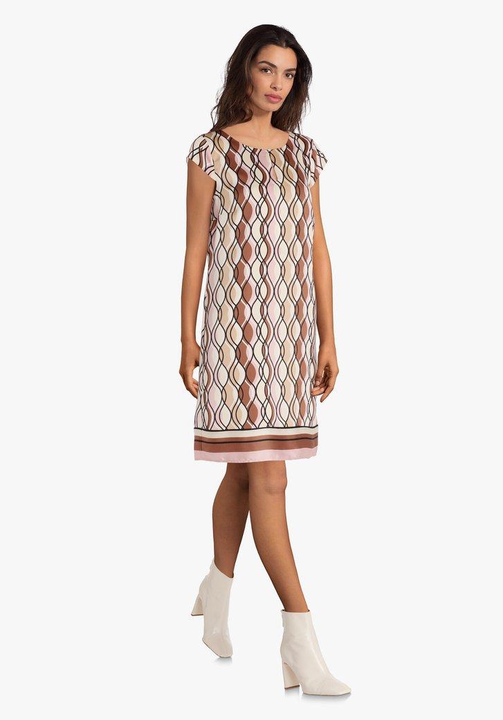 Kleed met gekleurd patroon en kapmouwen
