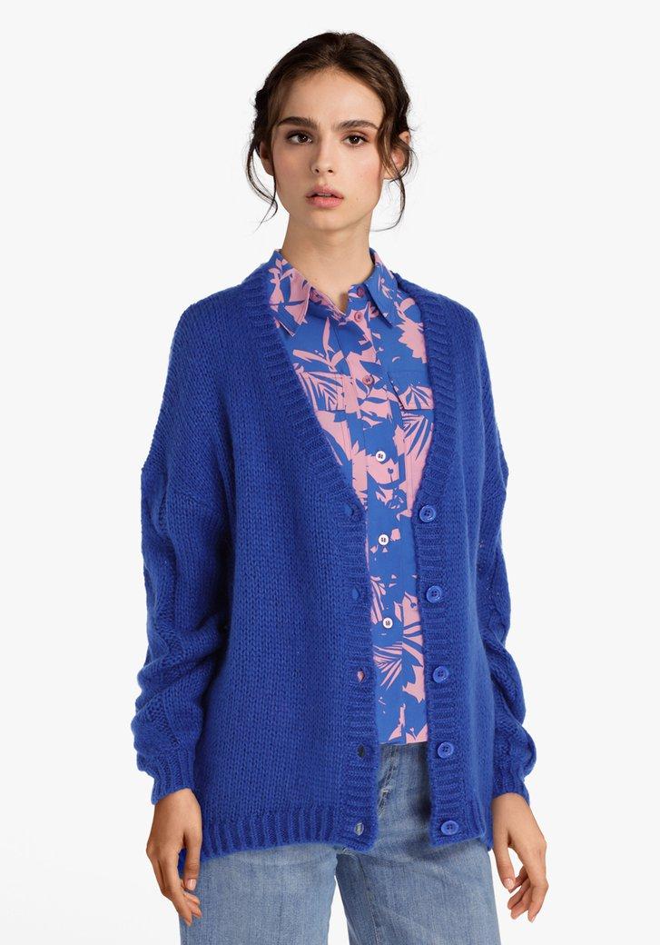 Koningsblauwe gebreide cardigan met wol en mohair