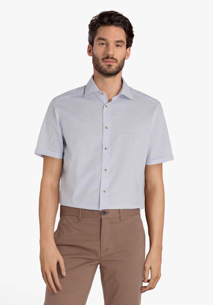 Lichtblauw hemd met fijne streepjes - regular fit