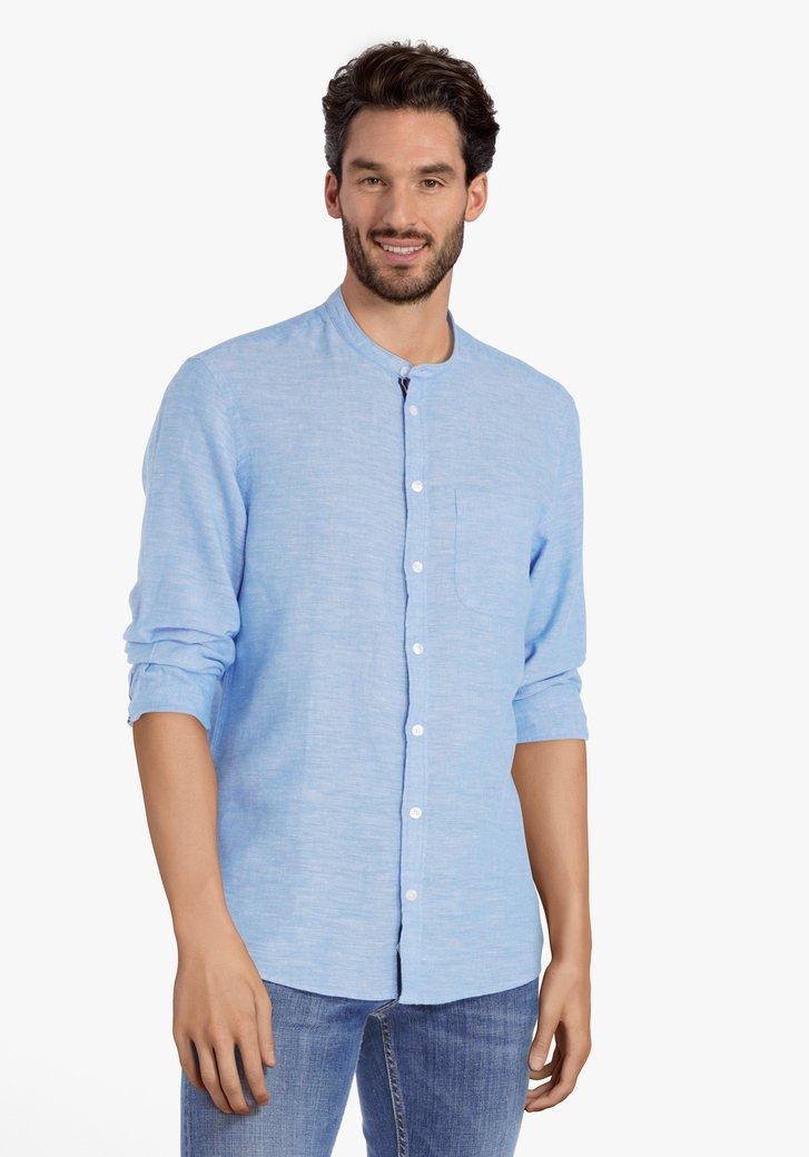 Lichtblauw hemd met linnen en maokraag