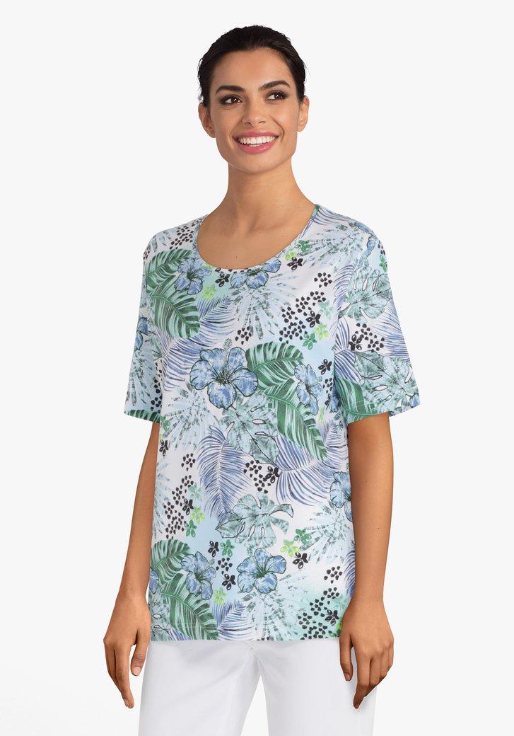 Afbeelding van Lichtblauw T-shirt met bladerprint en strass