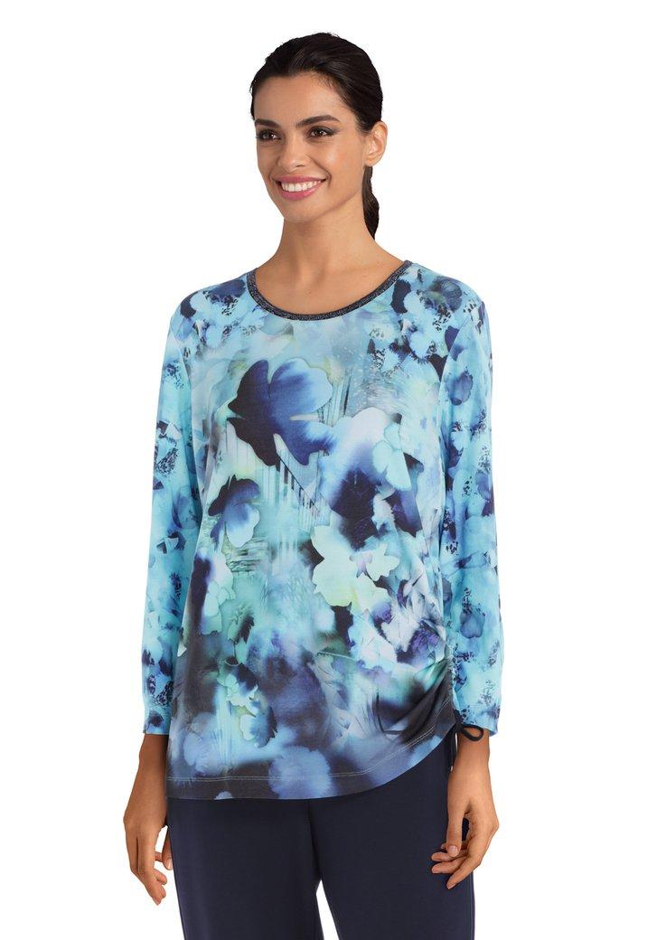 Afbeelding van Lichtblauw T-shirt met blauwe print