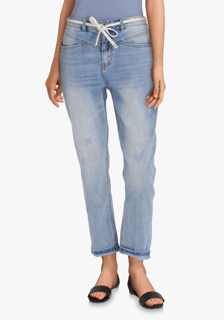Lichtblauwe jeans met slijtagedetails – slim fit