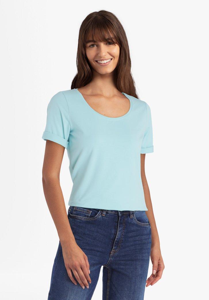 Lichtblauwe katoenen T-shirt met ronde hals