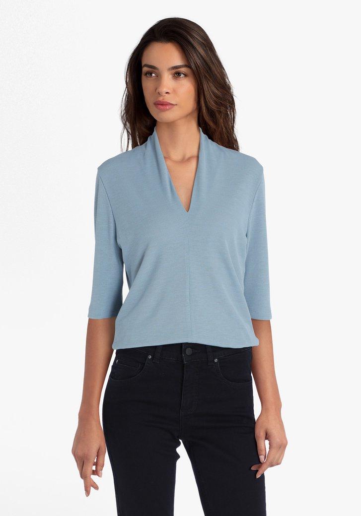 Lichtblauwe T-shirt met V-hals