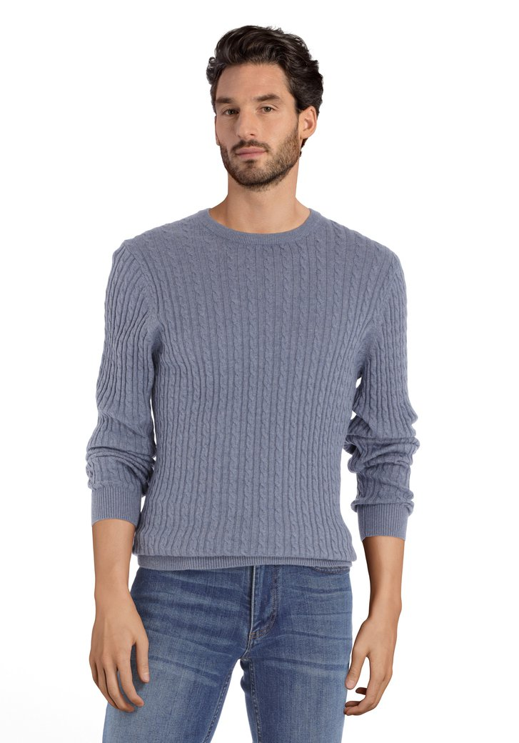 Afbeelding van Lichtblauwe trui met kabelmotief en ronde hals