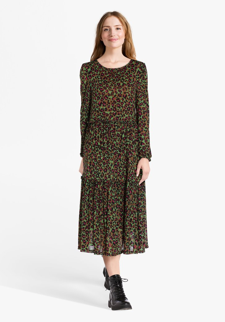Lichtbruin kleed met panterprint