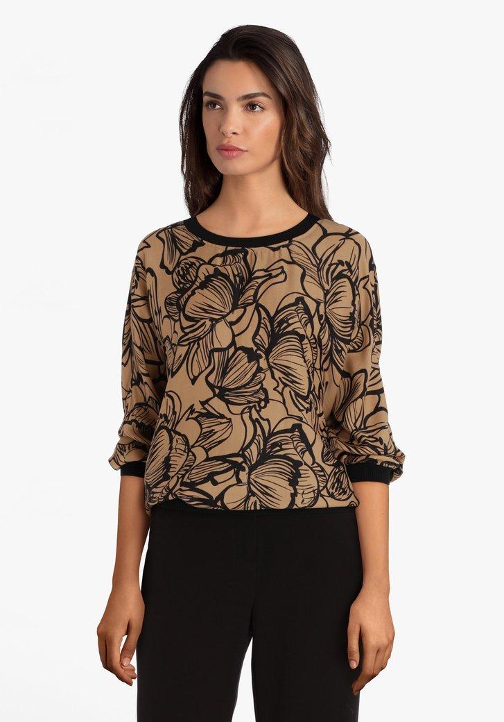 Lichtbruine blouse met zwarte bloemenprint
