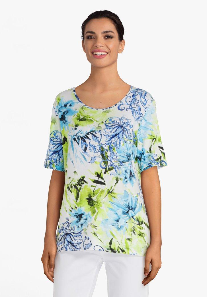Lichtgroen T-shirt met blauwe bloemen