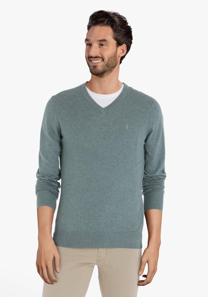 Afbeelding van Lichtgroene trui met geribde V-hals