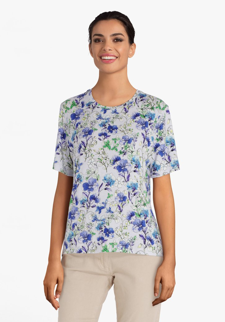 Lichtpaars T-shirt met zomerse bloemenprint