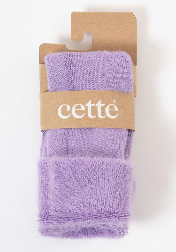 Lila sokken met zachte namaakpels