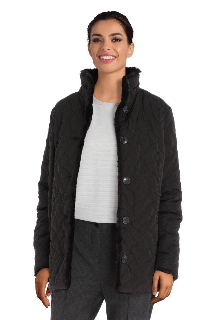 Manteau noir avec col en fausse fourrure