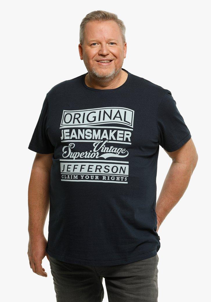 Navy T-shirt met lichtblauw opschrift