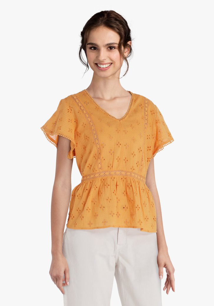 Okerkleurige blouse met vlindermouwen