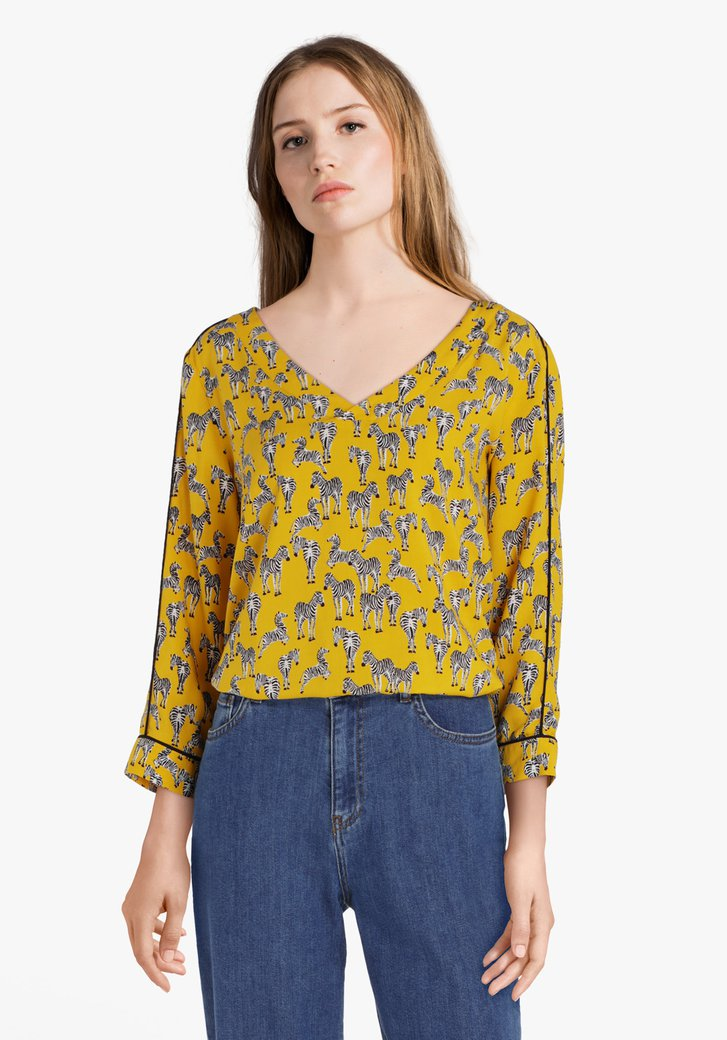 Okerkleurige blouse met zebraprint
