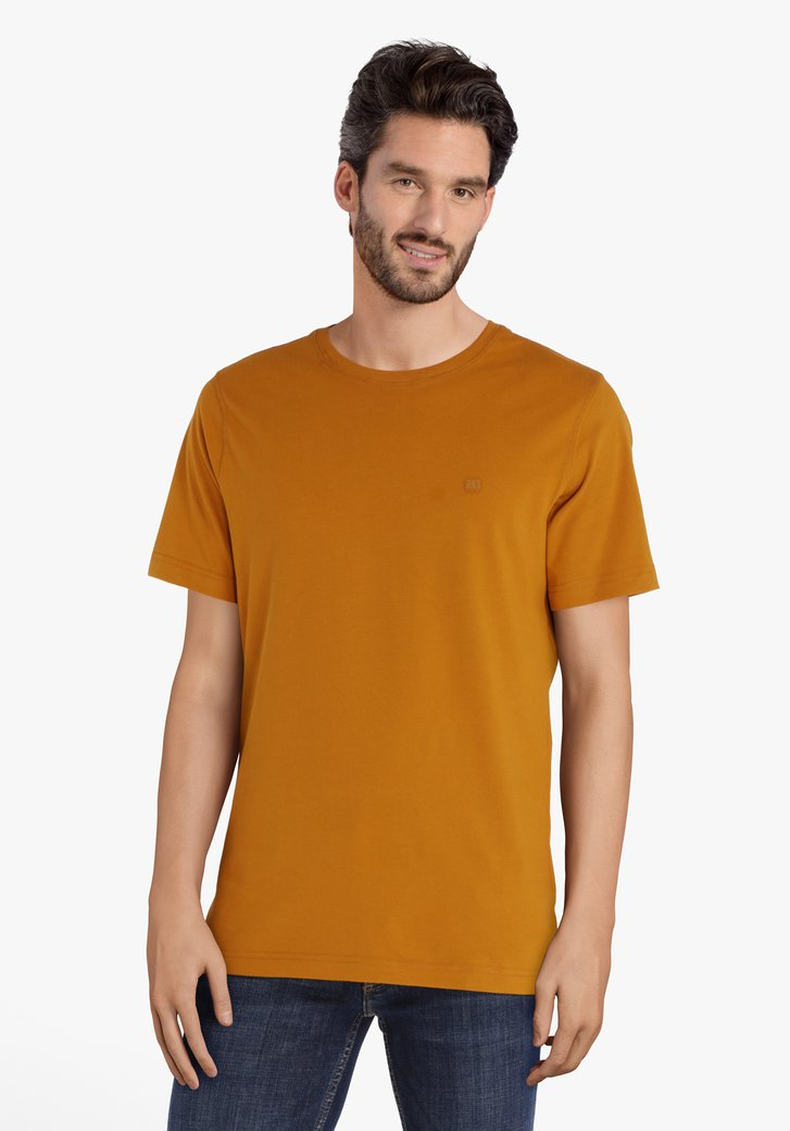Okerkleurige katoenen T-shirt