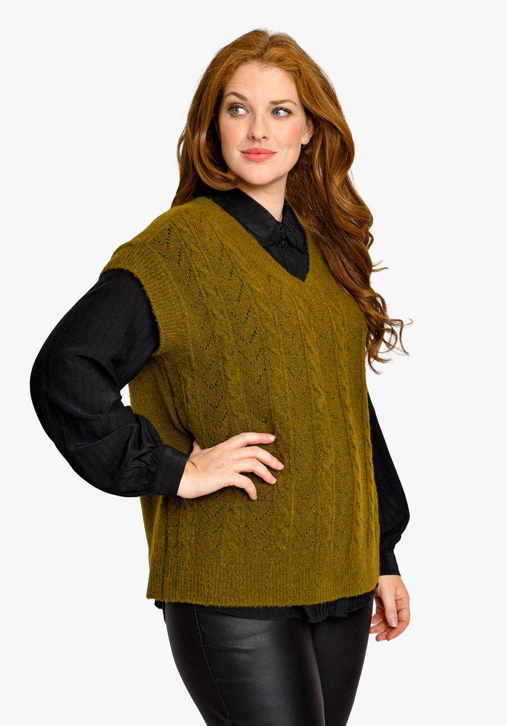 Olijfgroene trui met korte mouwen