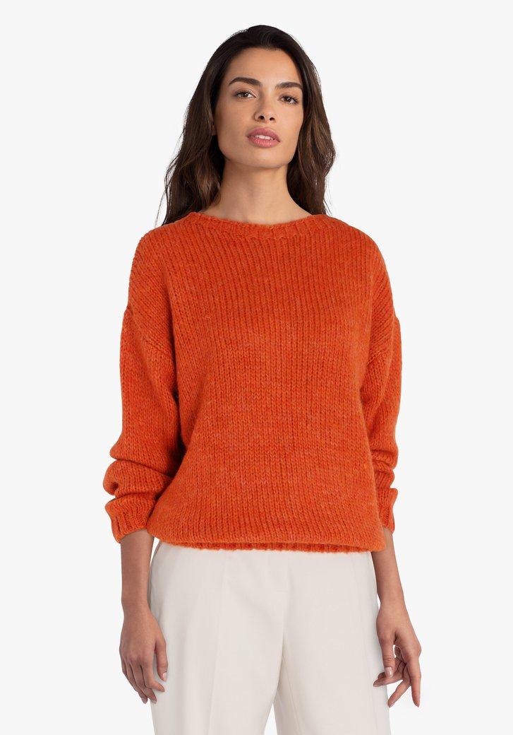 Oranje gebreide trui