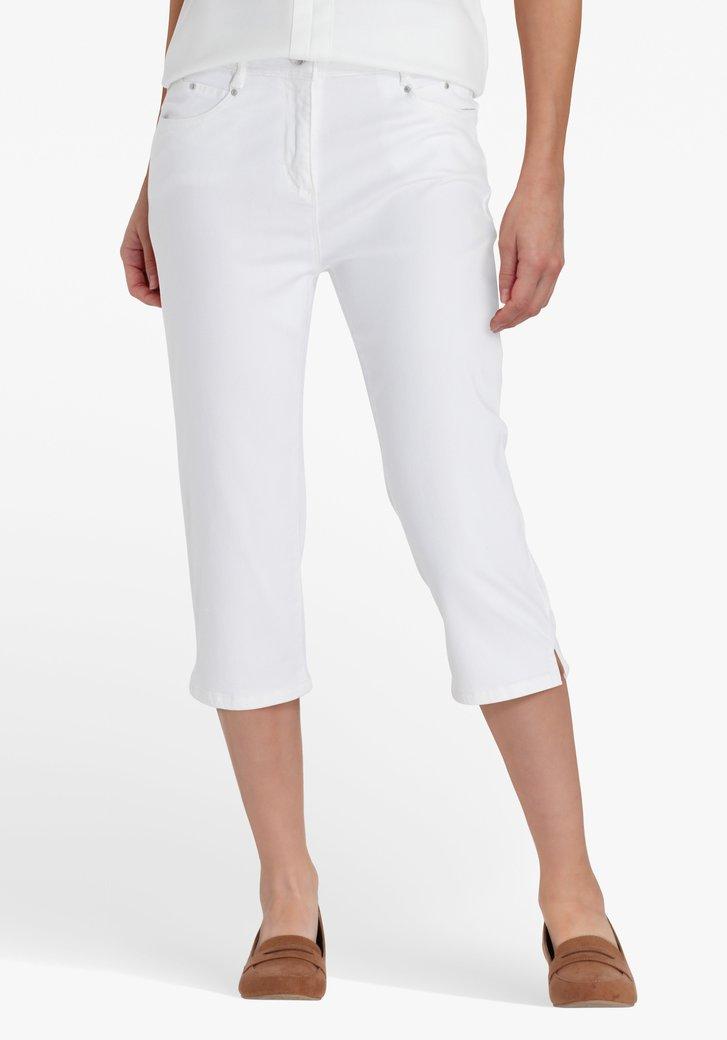Pantalon blanc, longueur genou