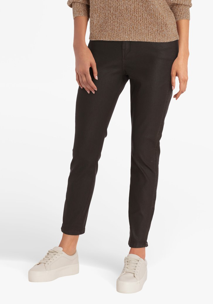 Pantalon brun à l'aspect cuir - straight fit