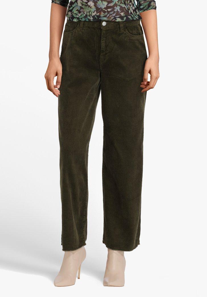 Pantalon en velours côtelé vert - modèle 7/8