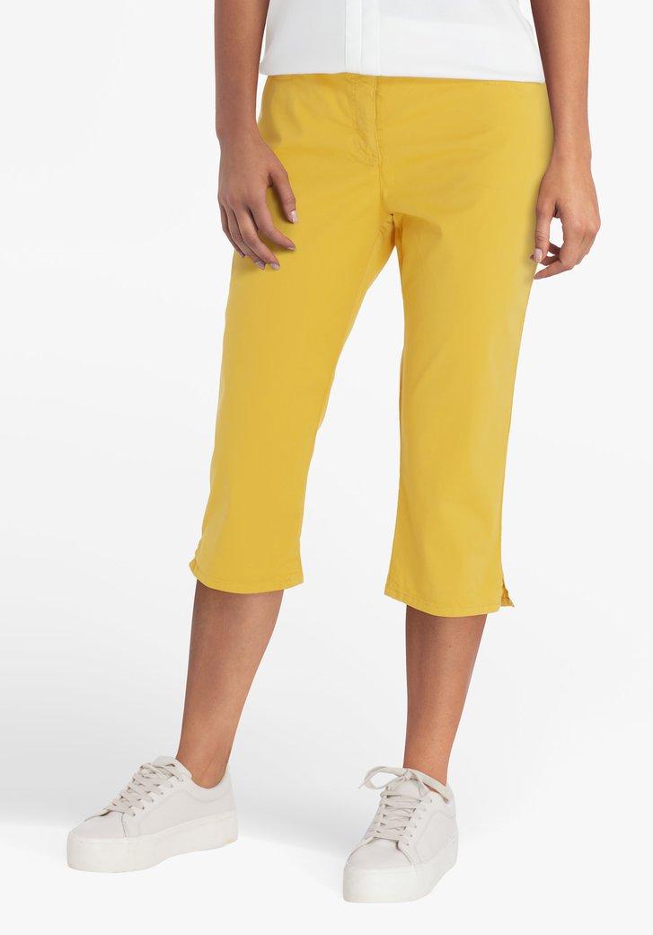 Pantalon jaune, longueur genou