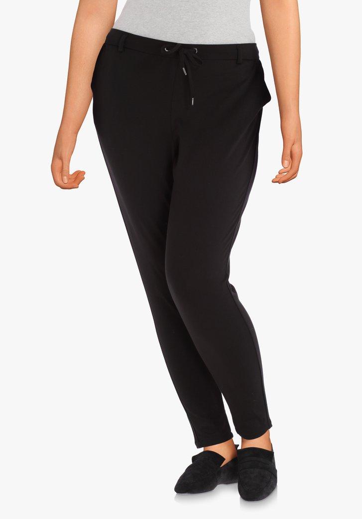 Pantalon noir en tissu extensible – slim fit