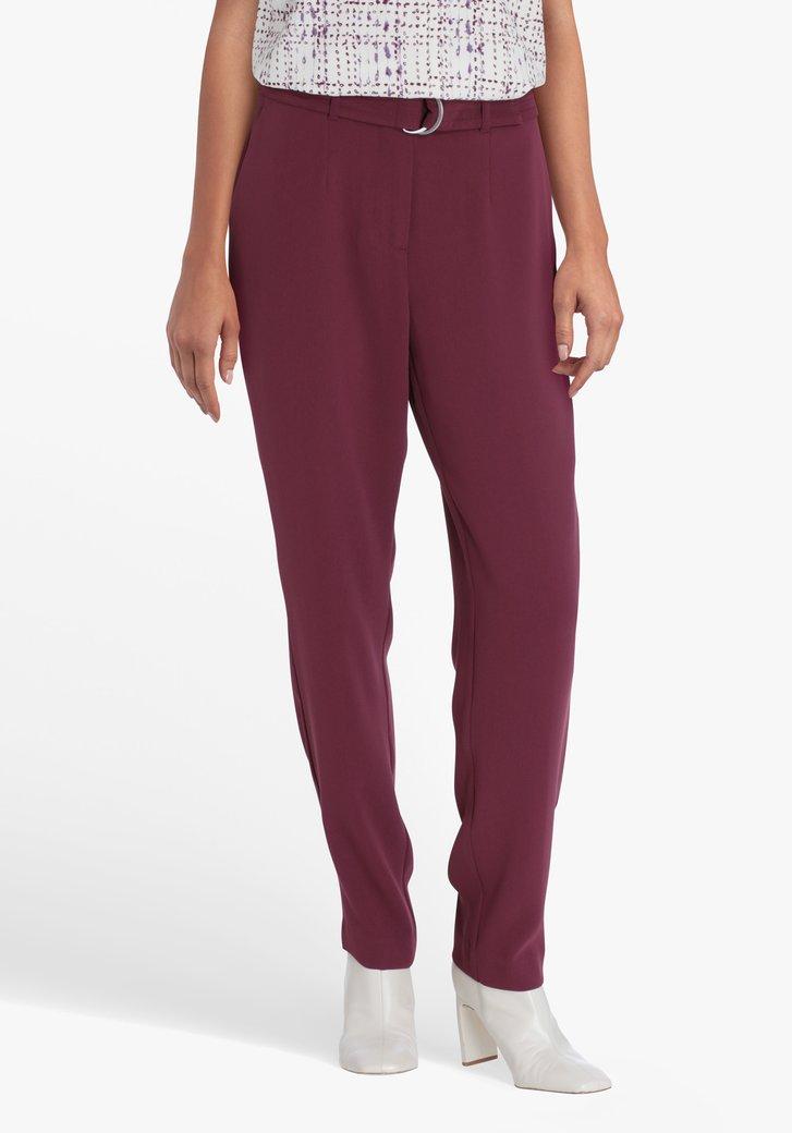 Pantalon violet avec ceinture