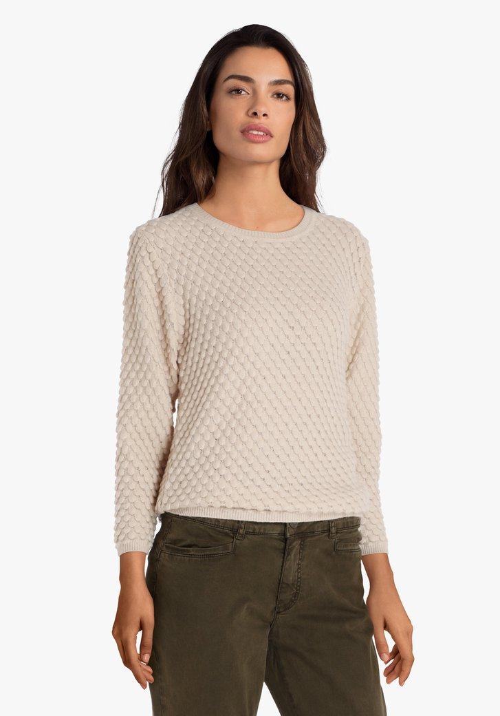 Pull beige en tricot en croco