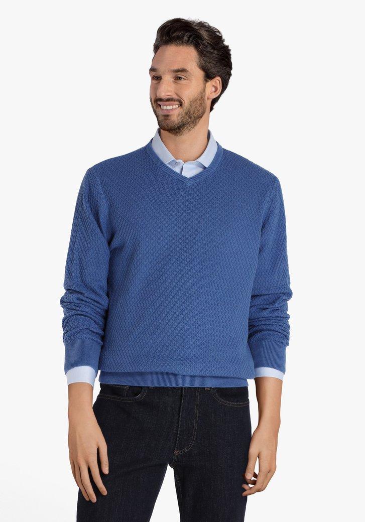 Pull bleu avec encolure en V en tissu texturé