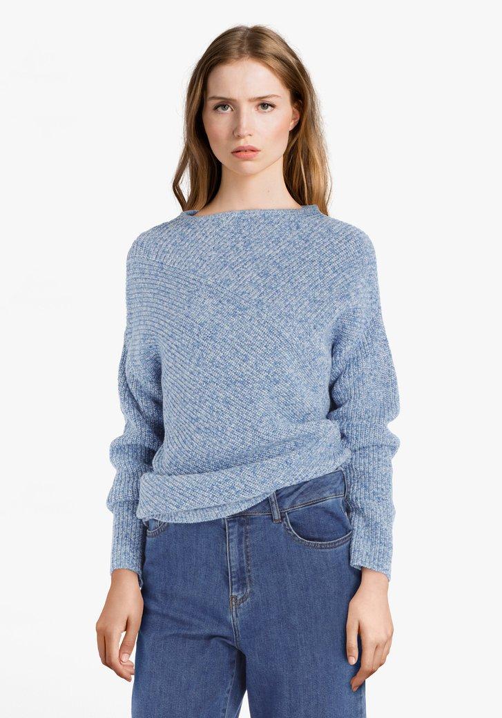 Pull bleu clair en tricot