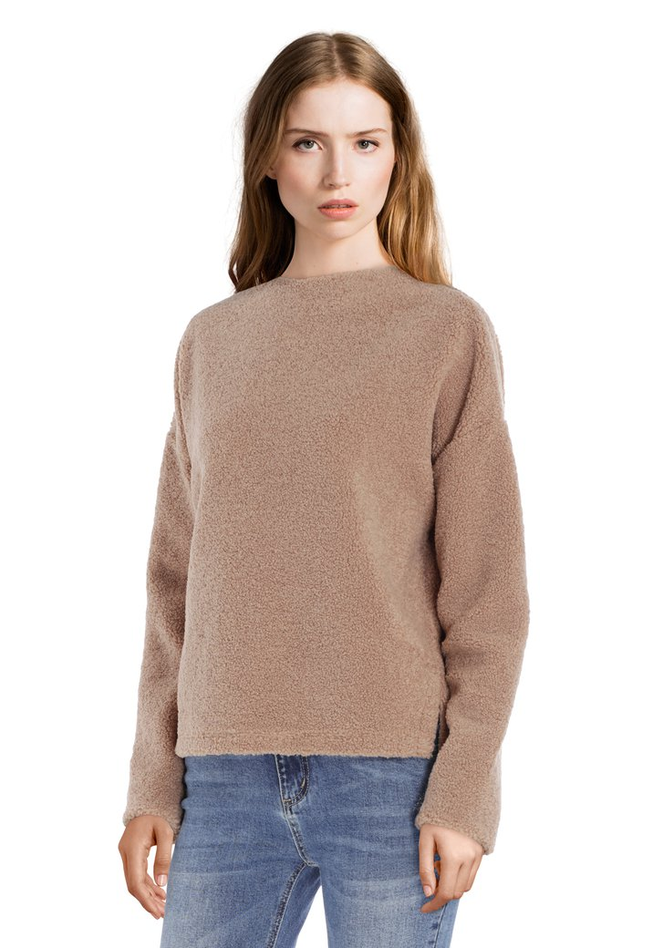 Pull brun sable doux