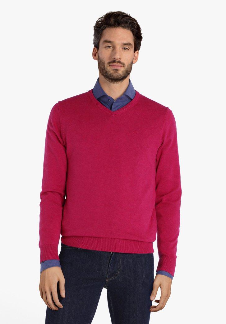 Pull couleur framboise avec col en V