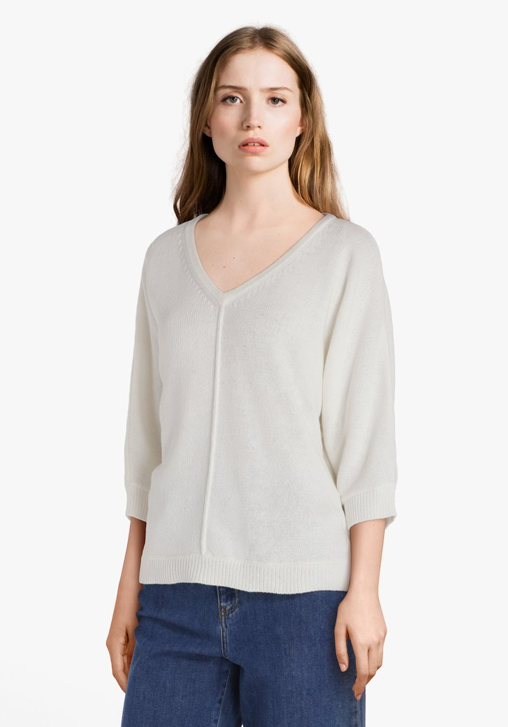 Pull écru à col en V en coton tricoté
