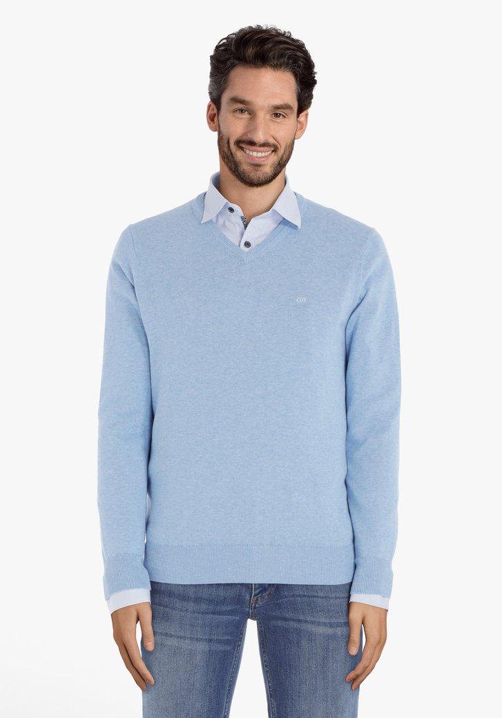 Pull en coton bleu clair avec col en V côtelé