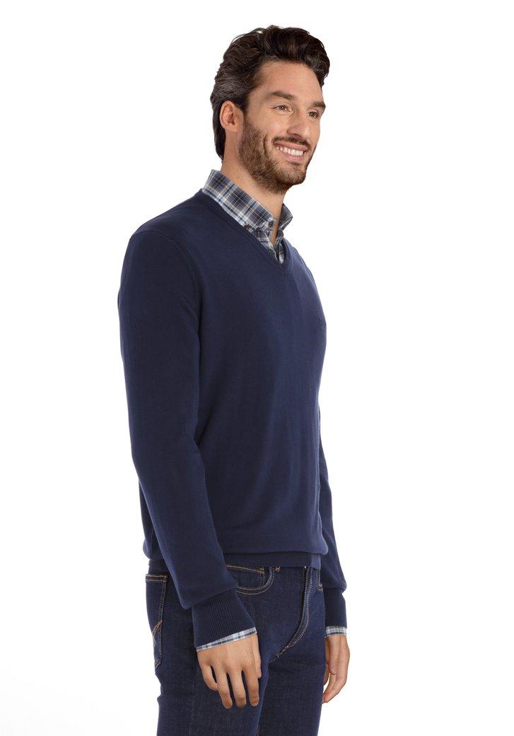 Pull en coton bleu foncé avec col en V côtelé