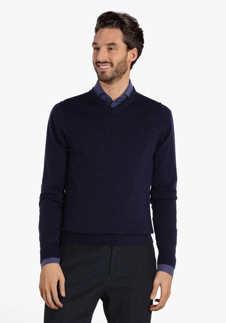 Pull en coton bleu marine à encolure en V
