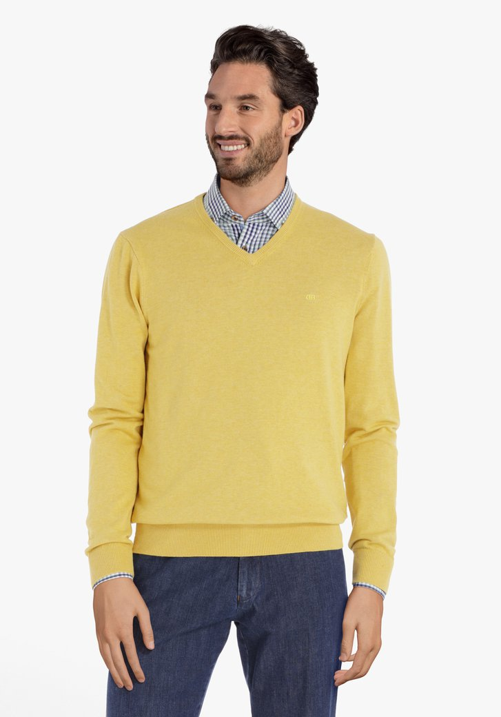 Pull en coton jaune avec col en V côtelé