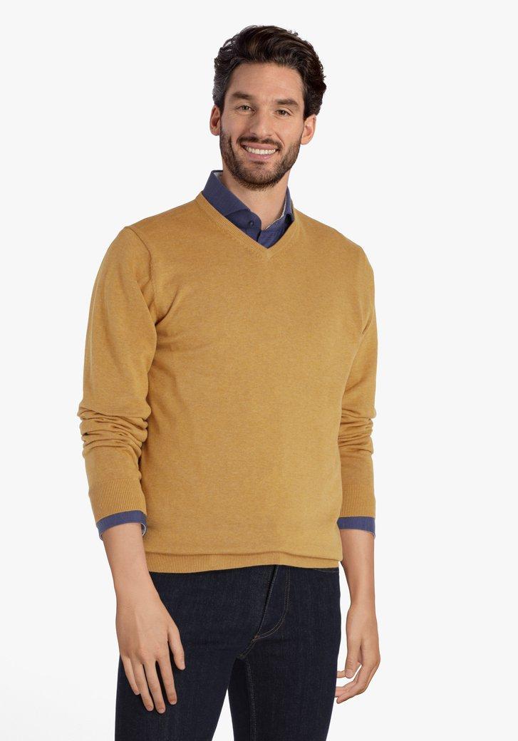 Pull en coton jaune avec encolure en V