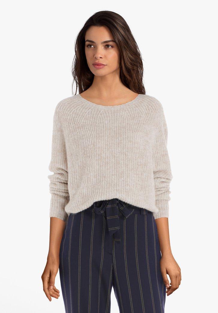 Pull en tricot beige avec laine et alpaga