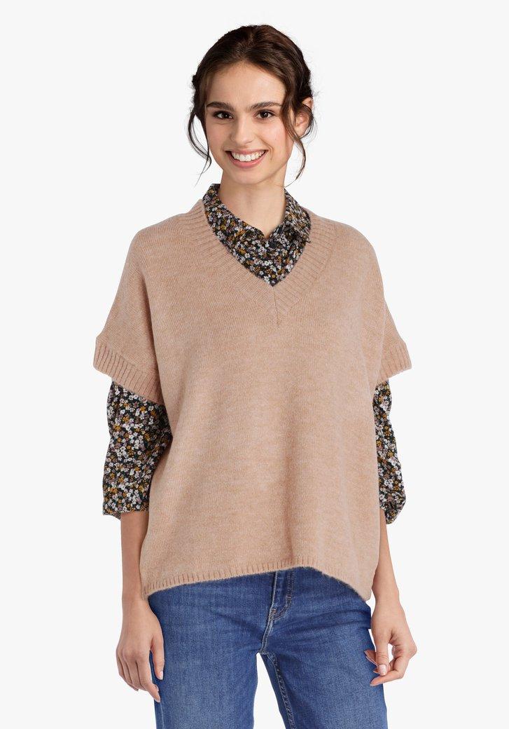 Pull en tricot brun clair à manches courtes