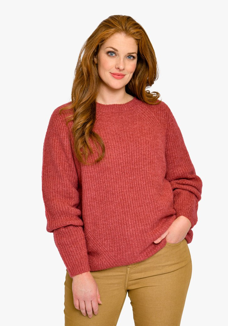 Pull en tricot rouge rose