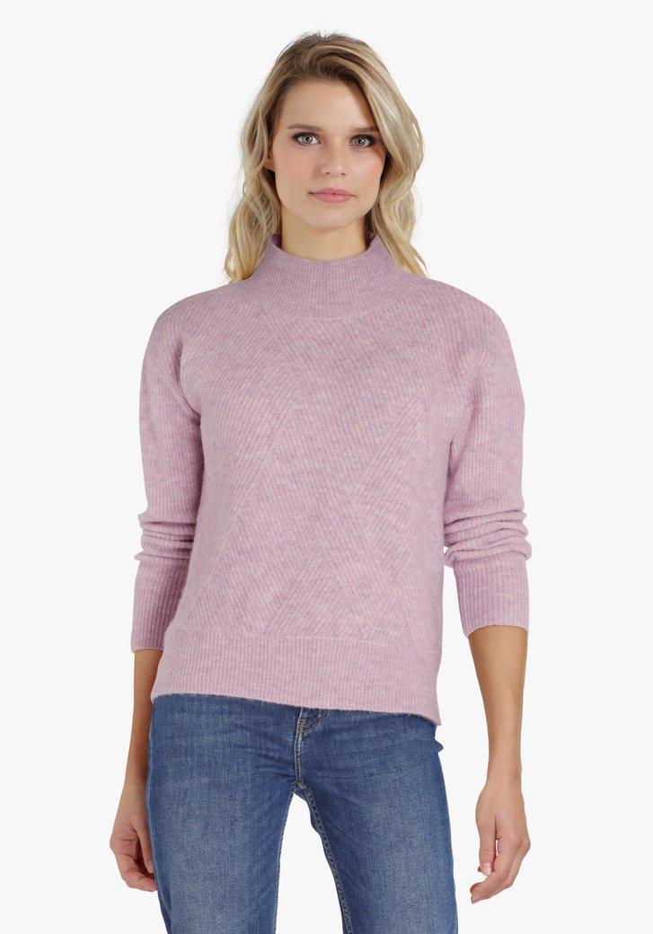 Pull lila à motif tricoté